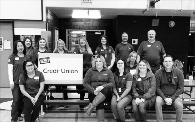 Photo: Northwest Credit Unions Educate 3,500 Students Through Financial Reality Fairs